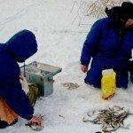 Зимняя рыбалка на мормышку на озерах в окрестностях Питера